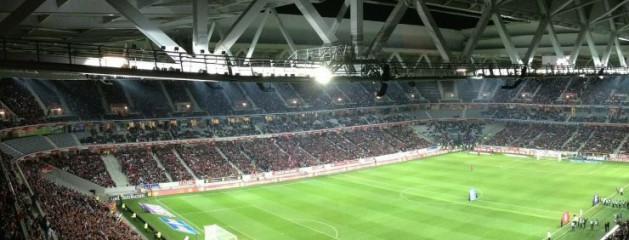 75% опрошенных россиян против возвращения пива на стадионы