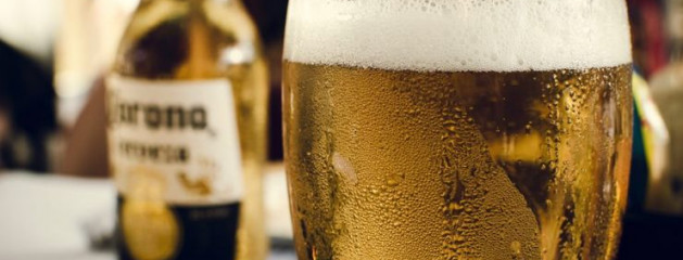 В Мексике запретили возобновлять производство пива Corona