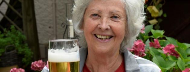 Учёные: умеренное употребление алкоголя снижает риск сердечно-сосудистых заболеваний из-за стресса